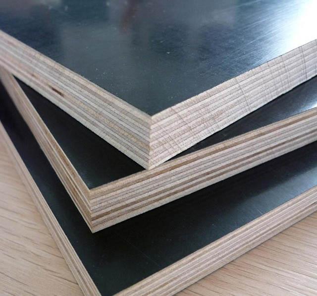 清水建筑模板表面平整如镜