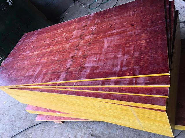 广西建筑模板厂家批发酚醛胶镜面建筑模板